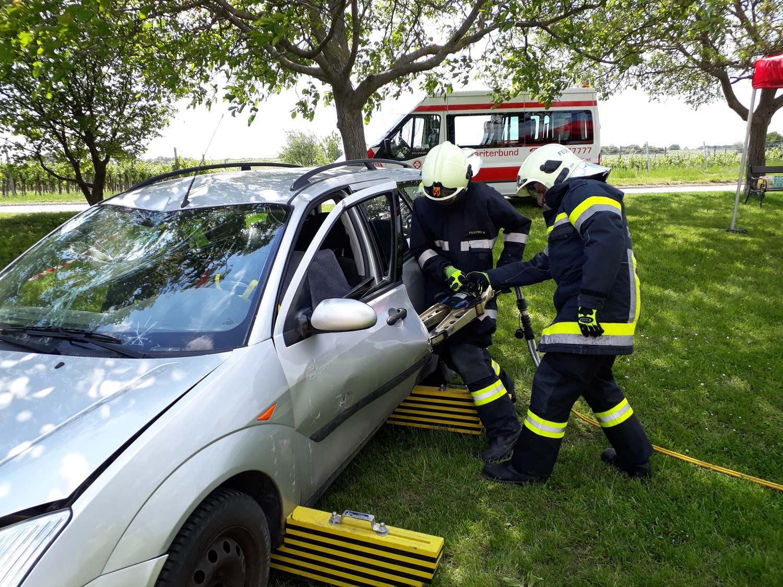 2009-Hydraulischer-Rettungssatz-2-FFT